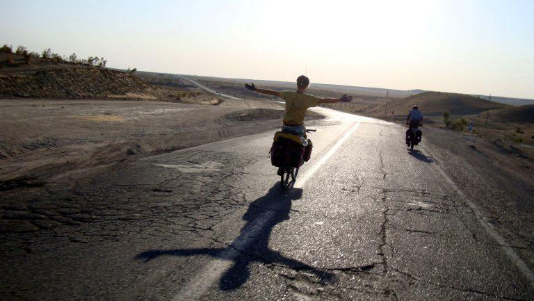 Durch die Wüste von Turkmenistan